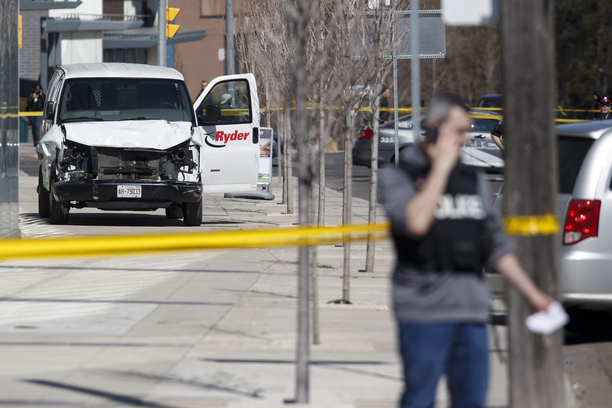 The Toronto van incident has resulted in the death of at least 9 pedestrians and the injury of 16.