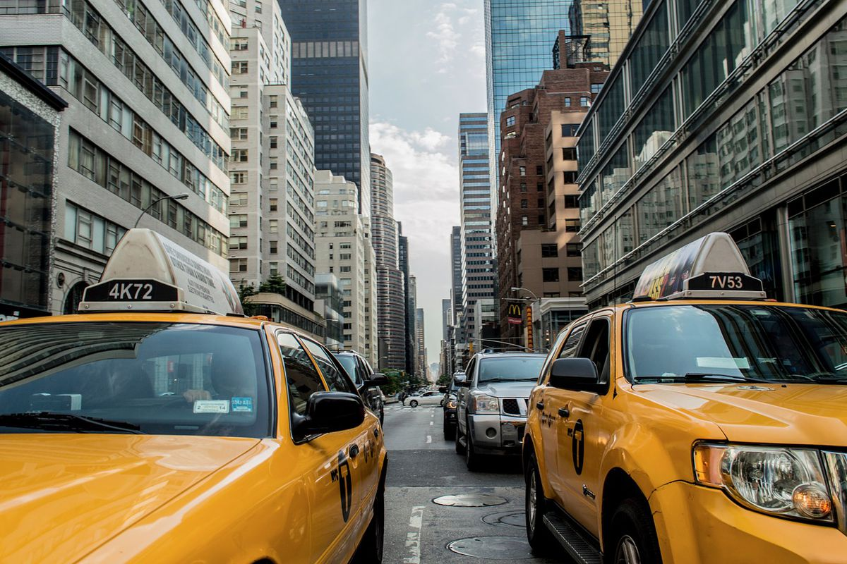 taxis in city