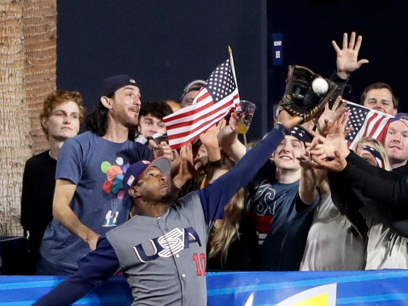 This Photo Of Adam Jones Heroic World Baseball Classic Catch Belongs In A Museum