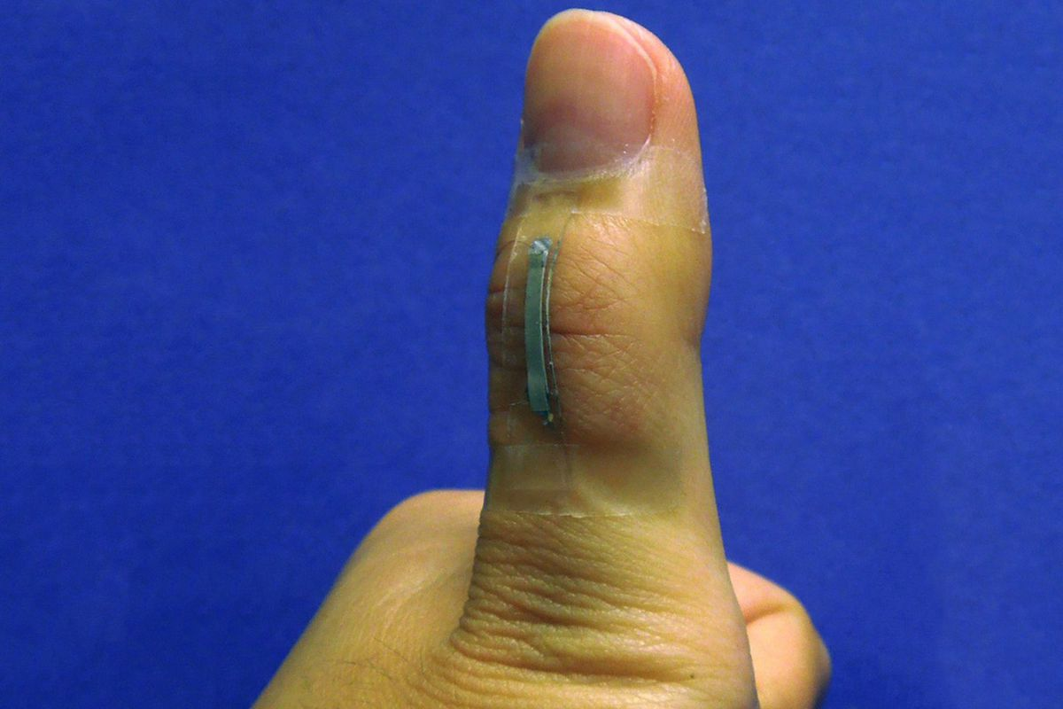 Silver Nanowire Sensors Could Be The Flexible Foundation