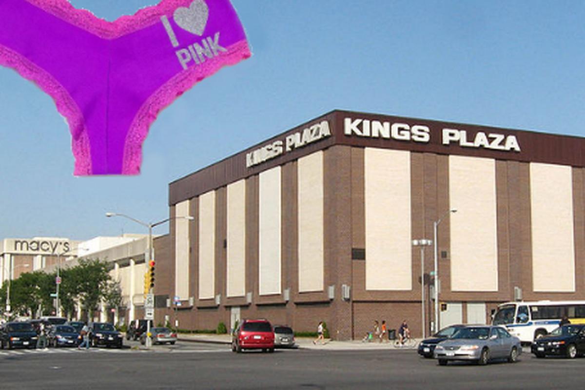 "Kings Plaza image via <a href=""http://commons.wikimedia.org/wiki/File:Kings_Plaza_Macys_jeh.JPG"">Jim.henderson</a>/Wikipedia"