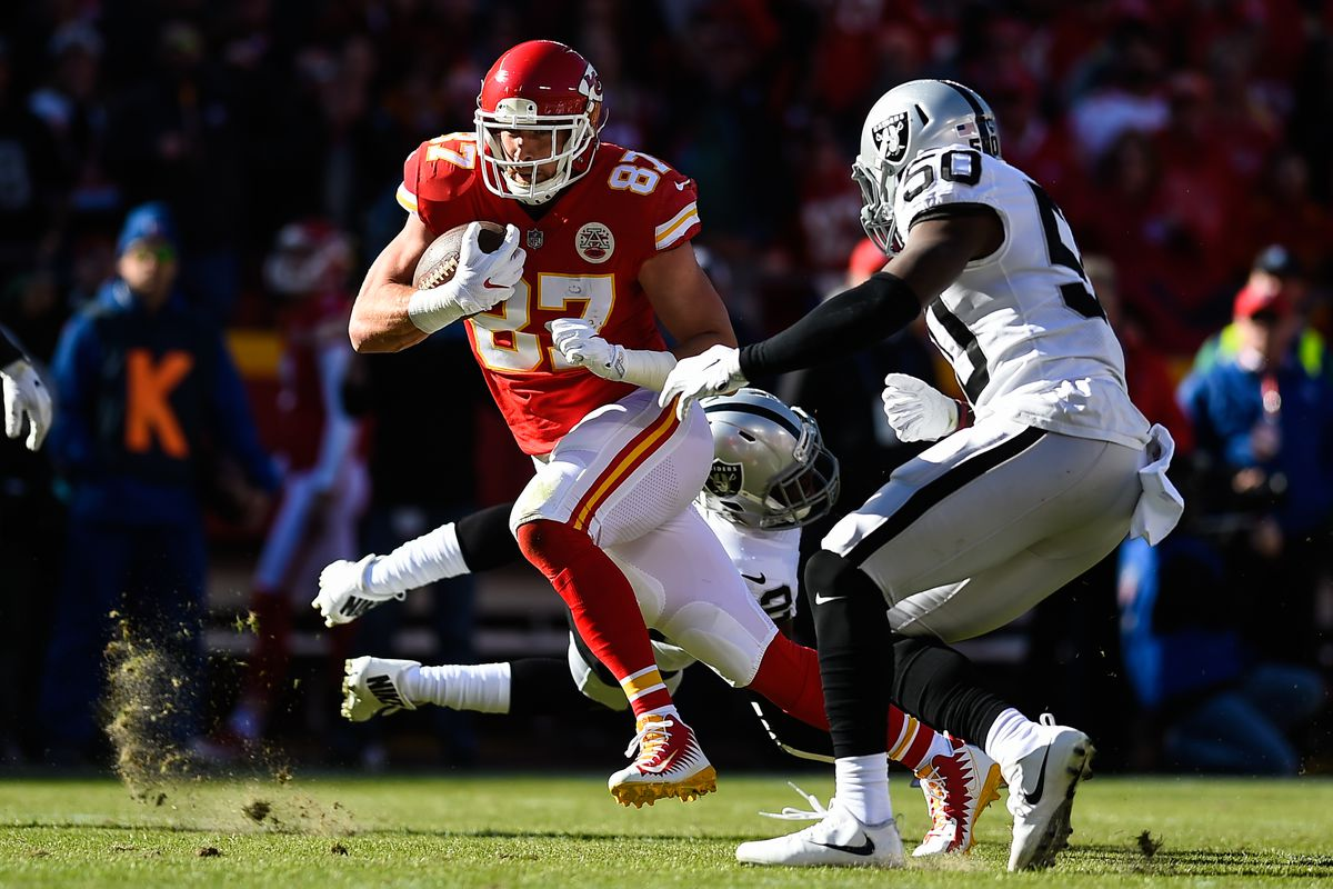Report Raiders to be without Amari Cooper versus Chiefs Silver