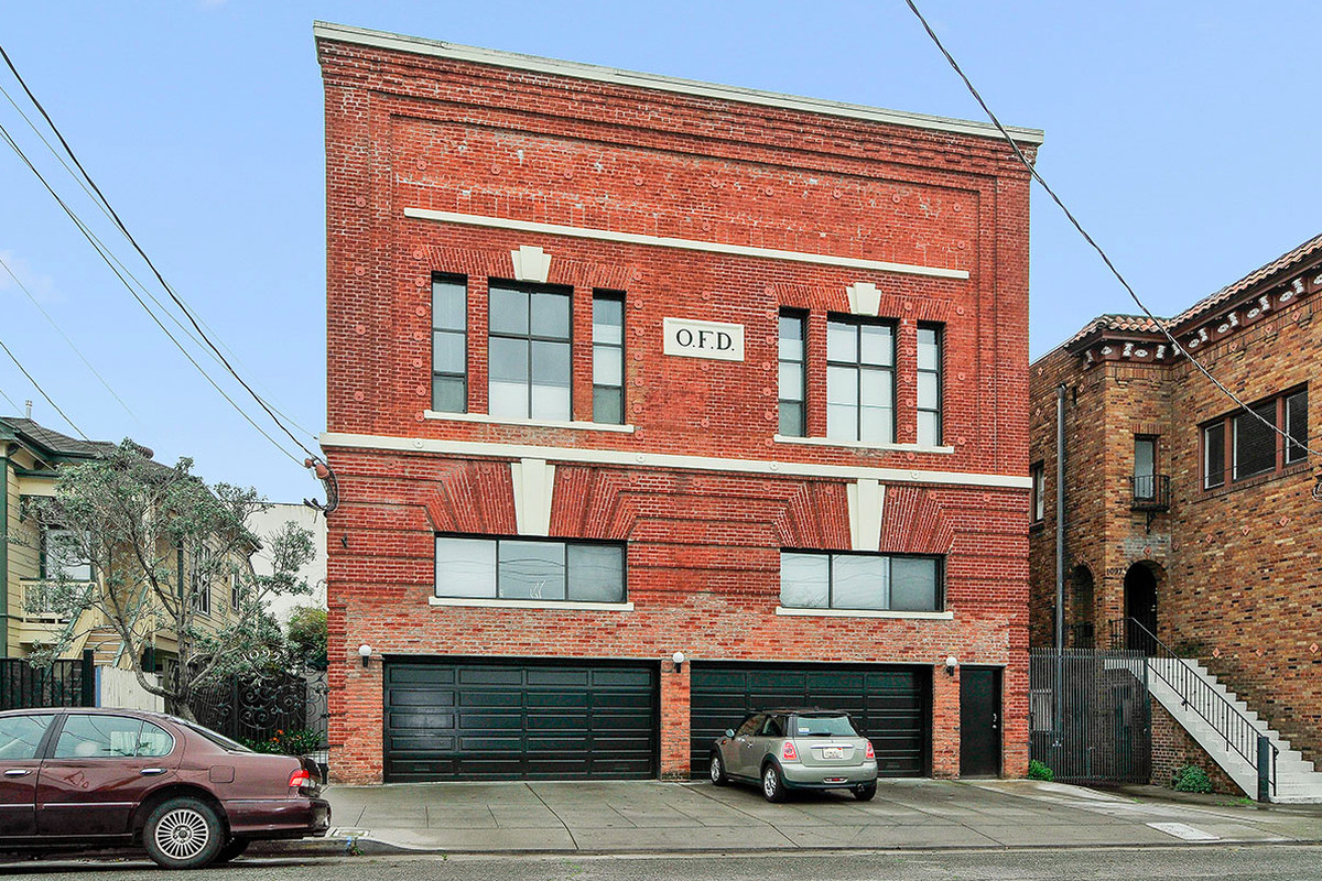 Striking Oakland Firehouse Brick Loft Asks 649 000 Curbed Sf