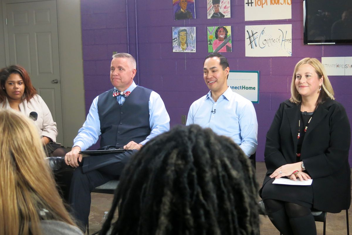 From left: Nashville student Precious Carter, Stratford principal Michael Steele, U.S. Secretary of Housing and Urban Development Julian Castro and Mayor Megan Barry discuss barriers to Internet service in low-income areas.