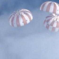 Parachutes deployed