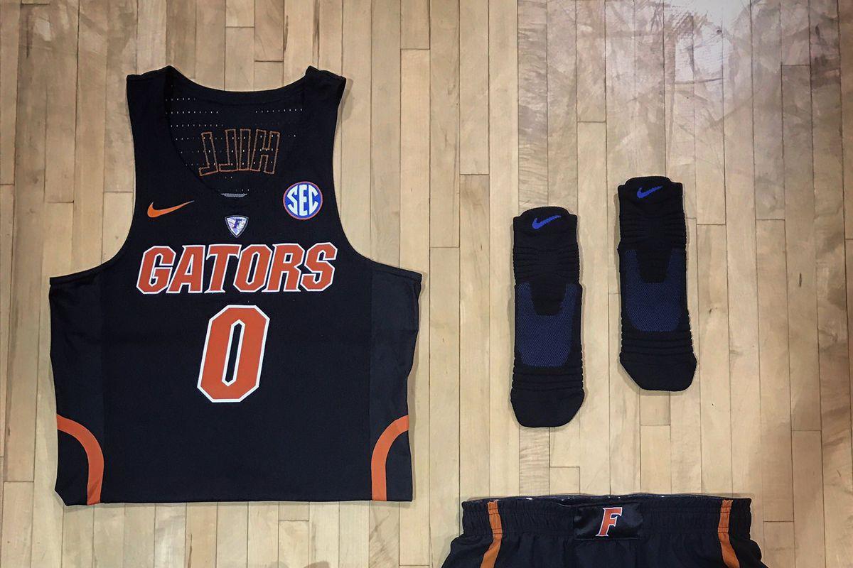 reputable site 0aed4 7edb4 Florida Gators Basketball reveals new solid-black uniforms ...