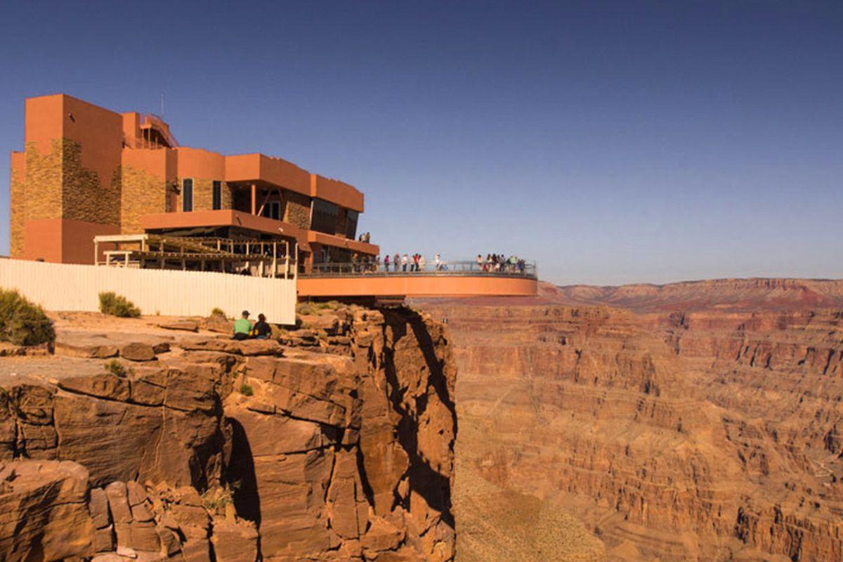 Behold The Sa Nya Wa Grand Canyon Skywalk Restaurant