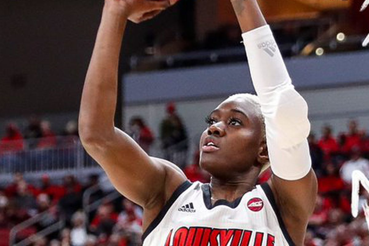 Louisville Rolls Over Pitt 83-49