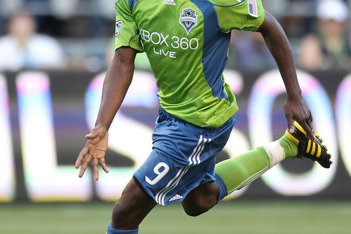 Blaise Nkufo never seemed to fully embrace his roll as a target forward in Seattle Sounders coach Sigi Schmid's offensive system. (Photo by Otto Greule Jr/Getty Images)