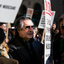 Music Director Riccardo Muti with musicians of the Chicago Symphony Orchestra, who are on strike, in front of Symphony Center, Tuesday, March 12, 2019.   James Foster/For the Sun-Times
