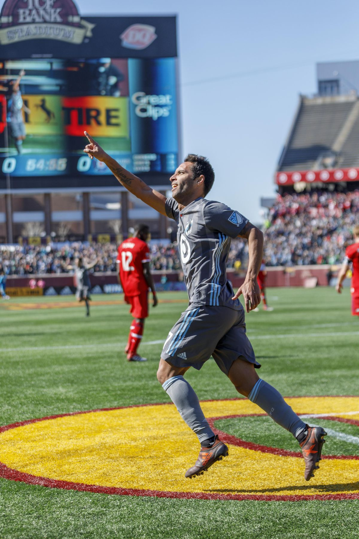 March 17, 2018 - Minneapolis, Minnesota, United States - Ibson celebrates his goal during the Minnesota United vs Chicago Fire match at TCF Bank Stadium.