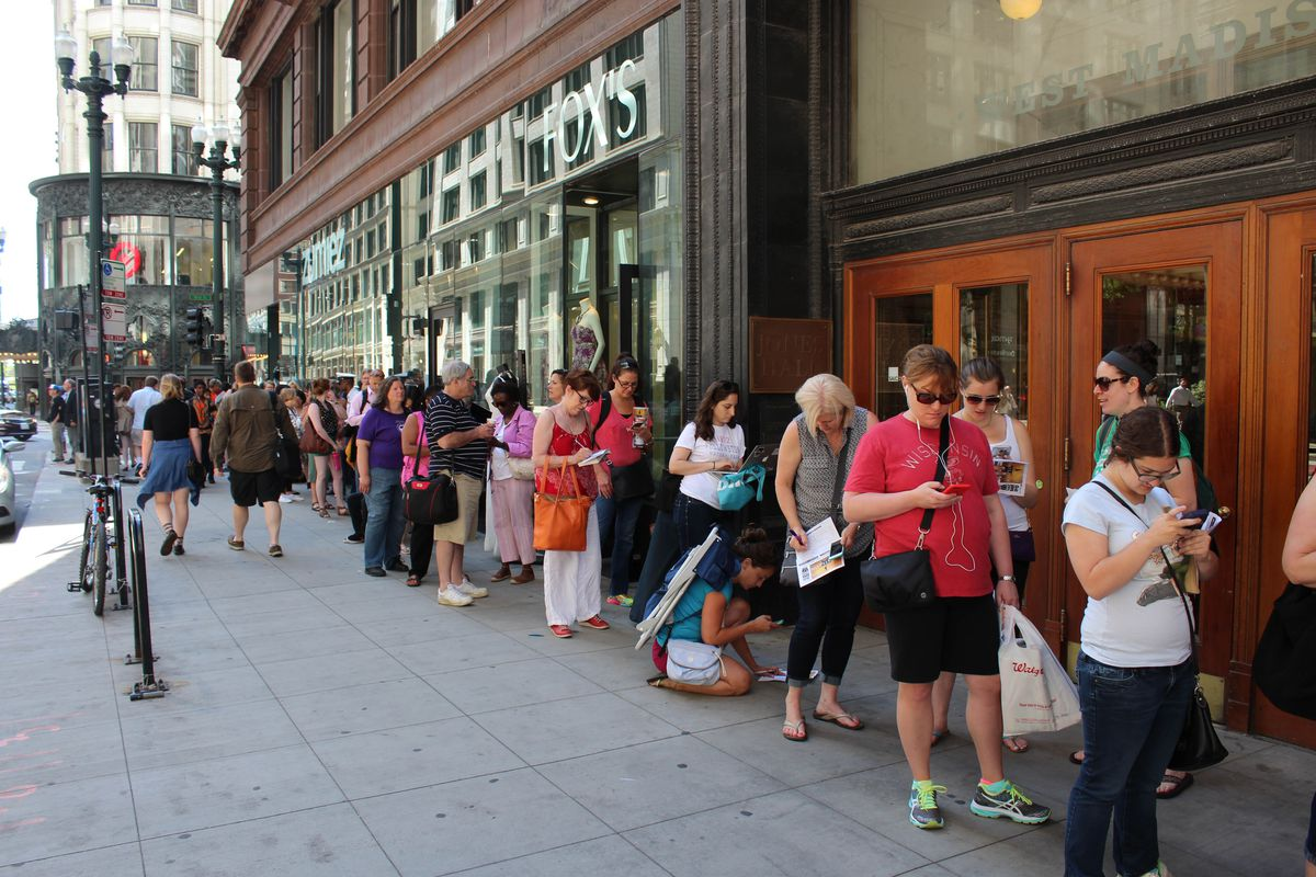 """""""Hamilton"""" tickets went on sale at 10 a.m. Tuesday morning at the PrivateBank Theatre in Chicago's Loop, drawing hundreds of theater enthusiasts from the city, the suburbs and even neighboring states. 