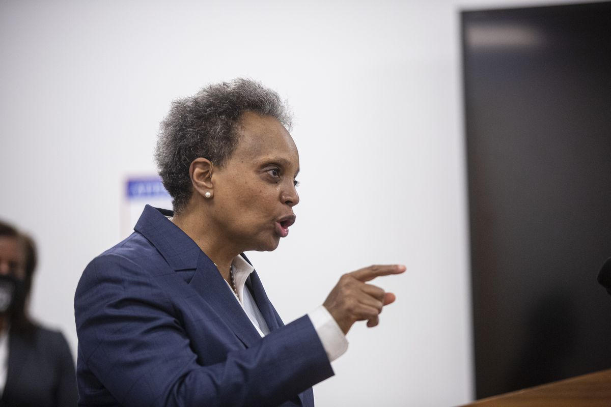 Mayor Lori Lightfoot discusses the ongoing negotiations and plans for returning to School during a press conference to address the ongoing dispute between the Chicago Teachers Union and CPS over whether schools are safe enough to return to at 42 W Madison St. in the Loop, Tuesday, Jan. 26, 2021. | Anthony Vazquez/Sun-Times