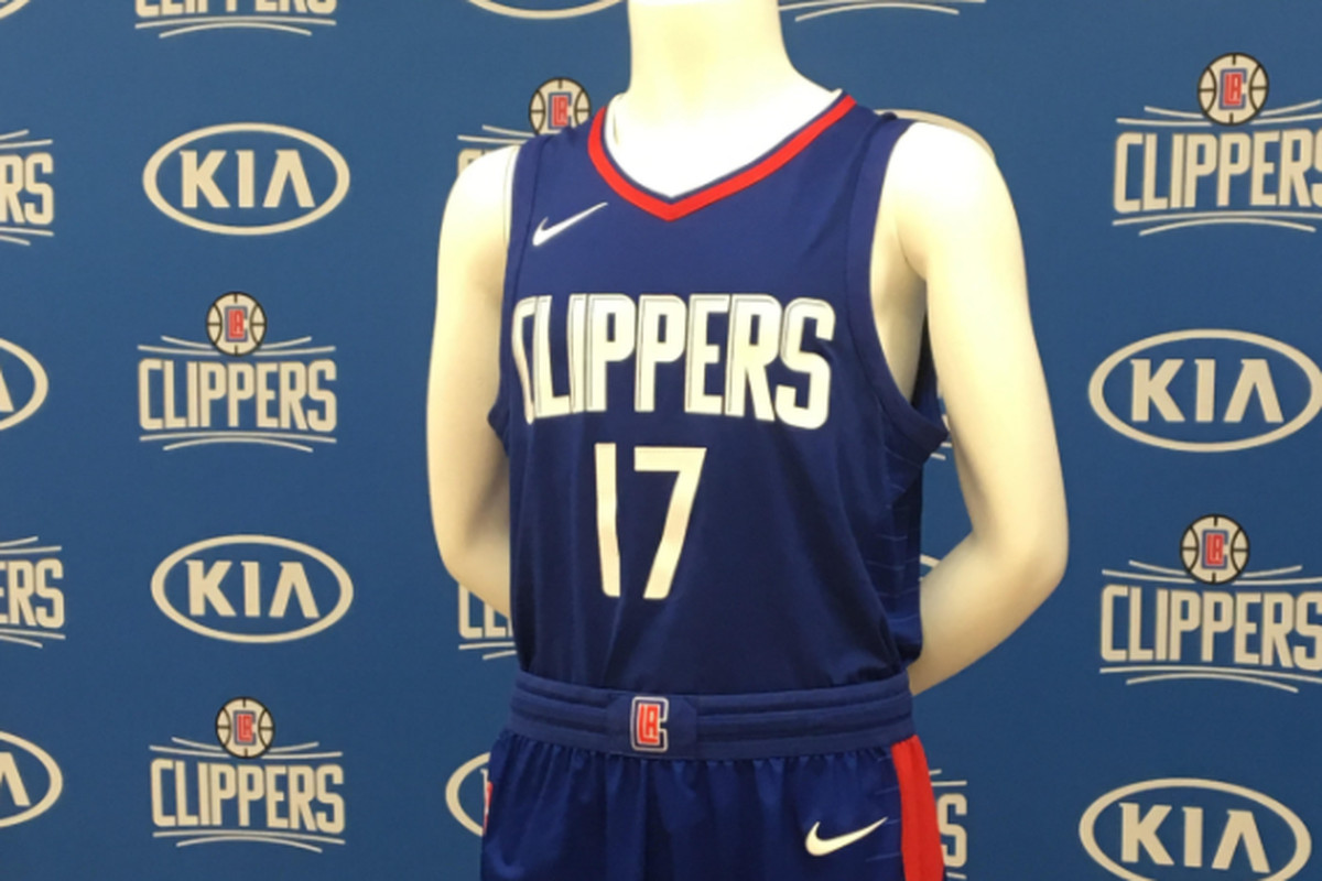 sale retailer c1157 f3aa6 FIRST LOOK: Clippers' New White and Blue Jerseys Designed by ...
