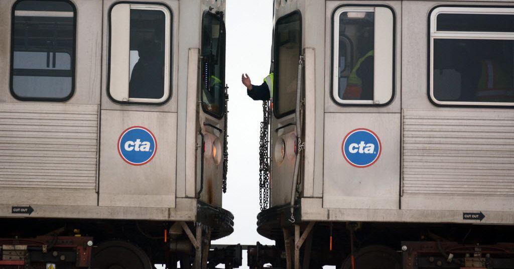 Man found dead on CTA Blue Line tracks in Jefferson Park