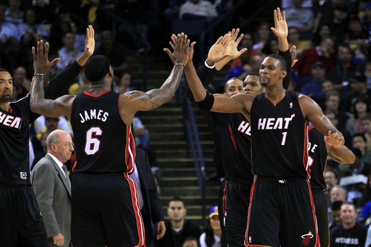 It's all high-fives and happiness now that the Heat are winners of seven straight.