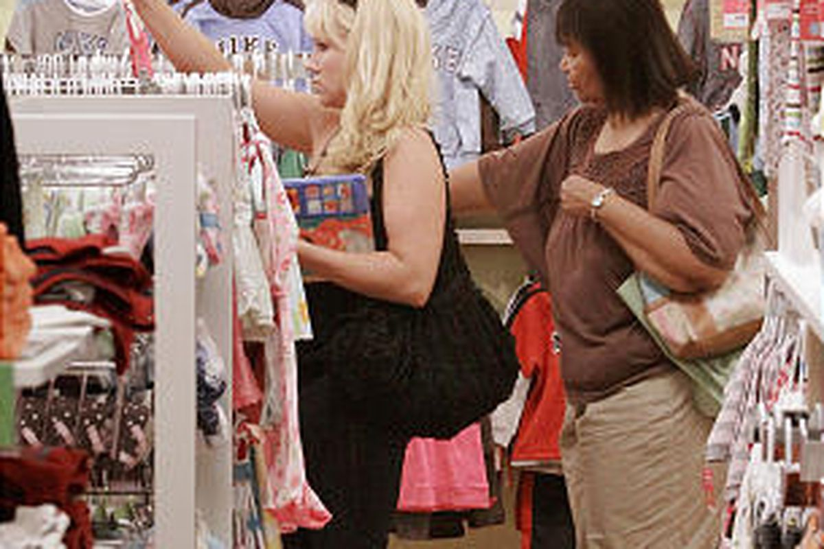 People shop at Kohl's in Springfield, Ill., Aug. 11. U.S. consumers' pessimism may be waning.