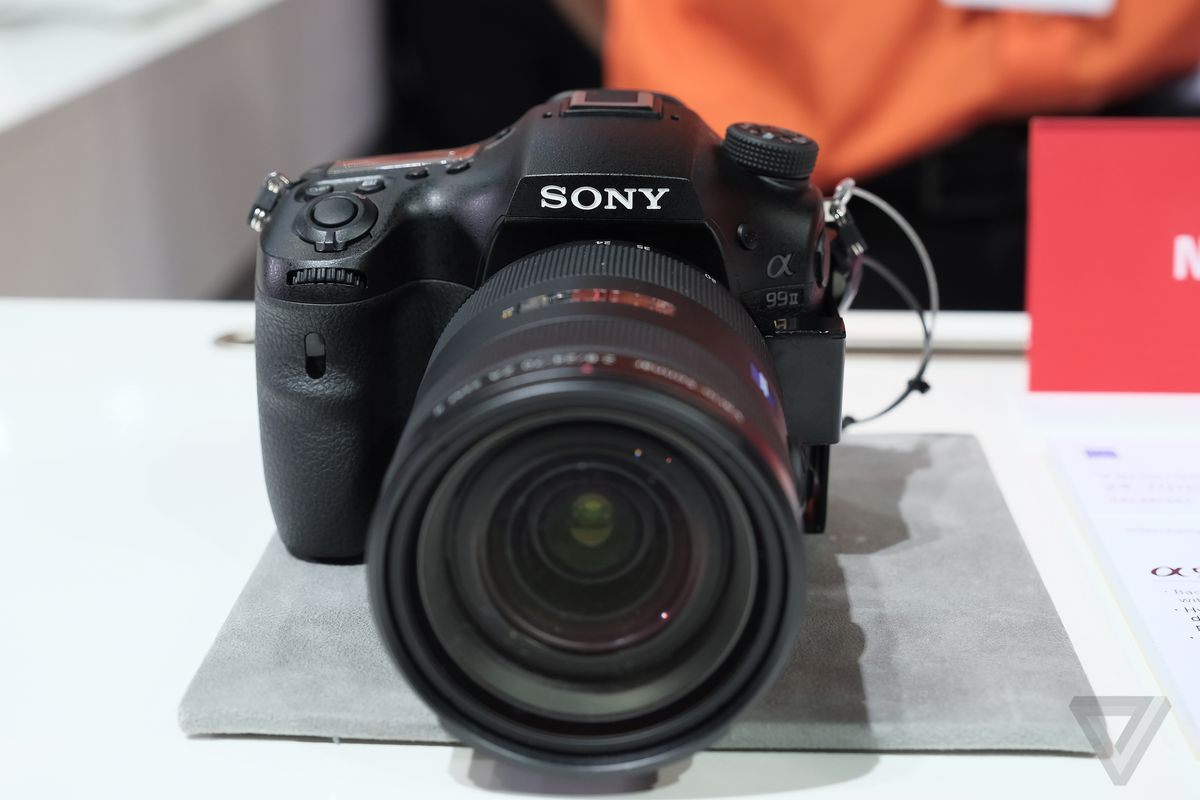 Sony A99 Ii >> Sony S A99 Ii Is A Powerhouse Of A Pro Camera The Verge