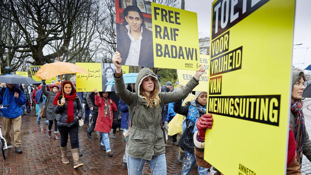 saudi protest flogging