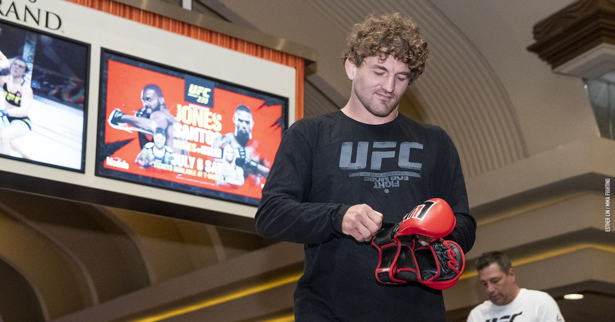Ben Askren responds to Jake Paul's challenge: 'I'm not a boxer but I could beat up a bum YouTube celebrity'