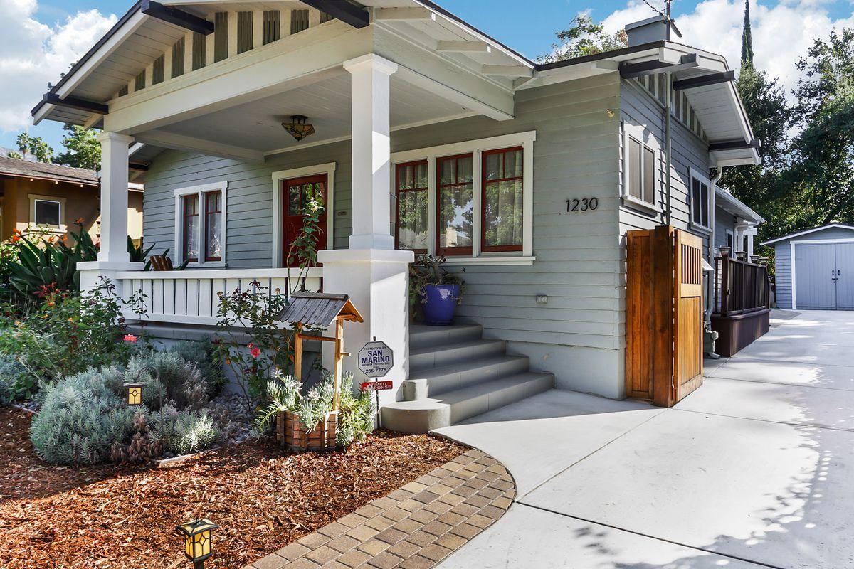 Pasadena craftsman in bungalow heaven asks 780k curbed la for Pasadena craftsman homes
