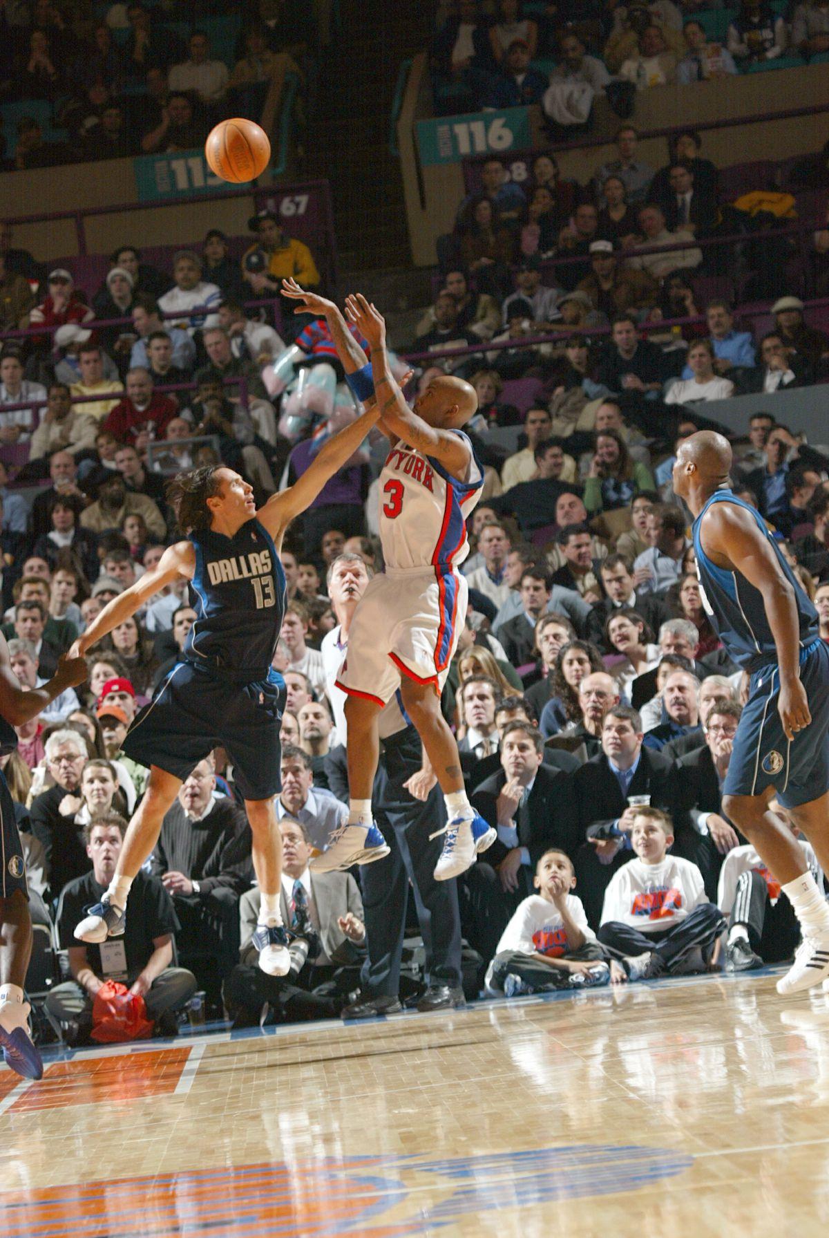 Mavericks v Knicks