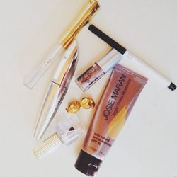 """I'm obsessed with the <b>L'Oreal</b> Voluminous Butterfly Effect Mascara brush. It makes it easy to get long lashes when you forget your lash curler. I LOVE the coverage of the <b><a href=""""http://racked.com/archives/2014/03/04/josie-maran-article.php"""">Jos"""