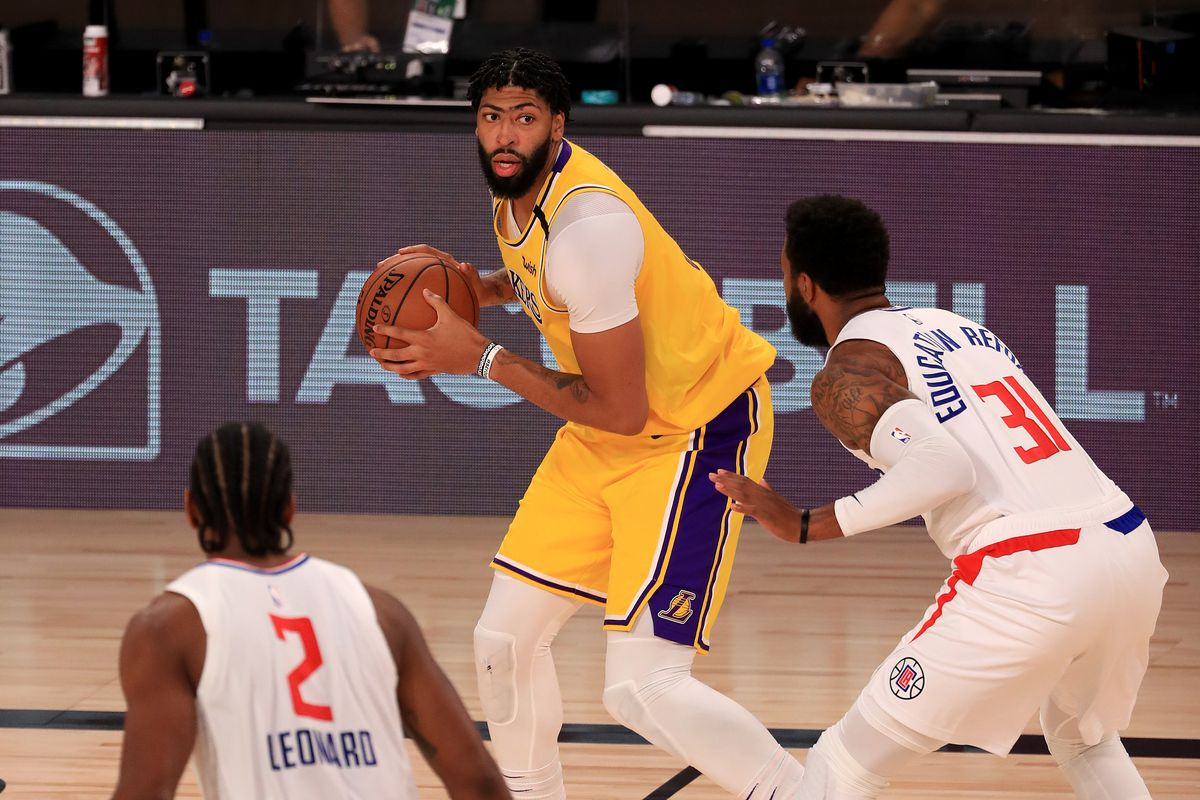 NBA: LA Clippers at Los Angeles Lakers