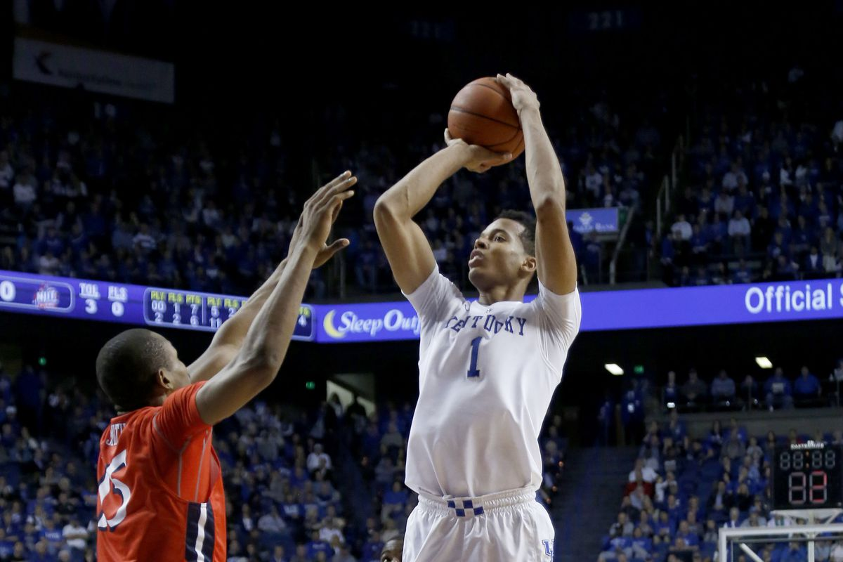 Kentucky center Skal Labissiere shoots for 2 of his 26 points in his second college game.