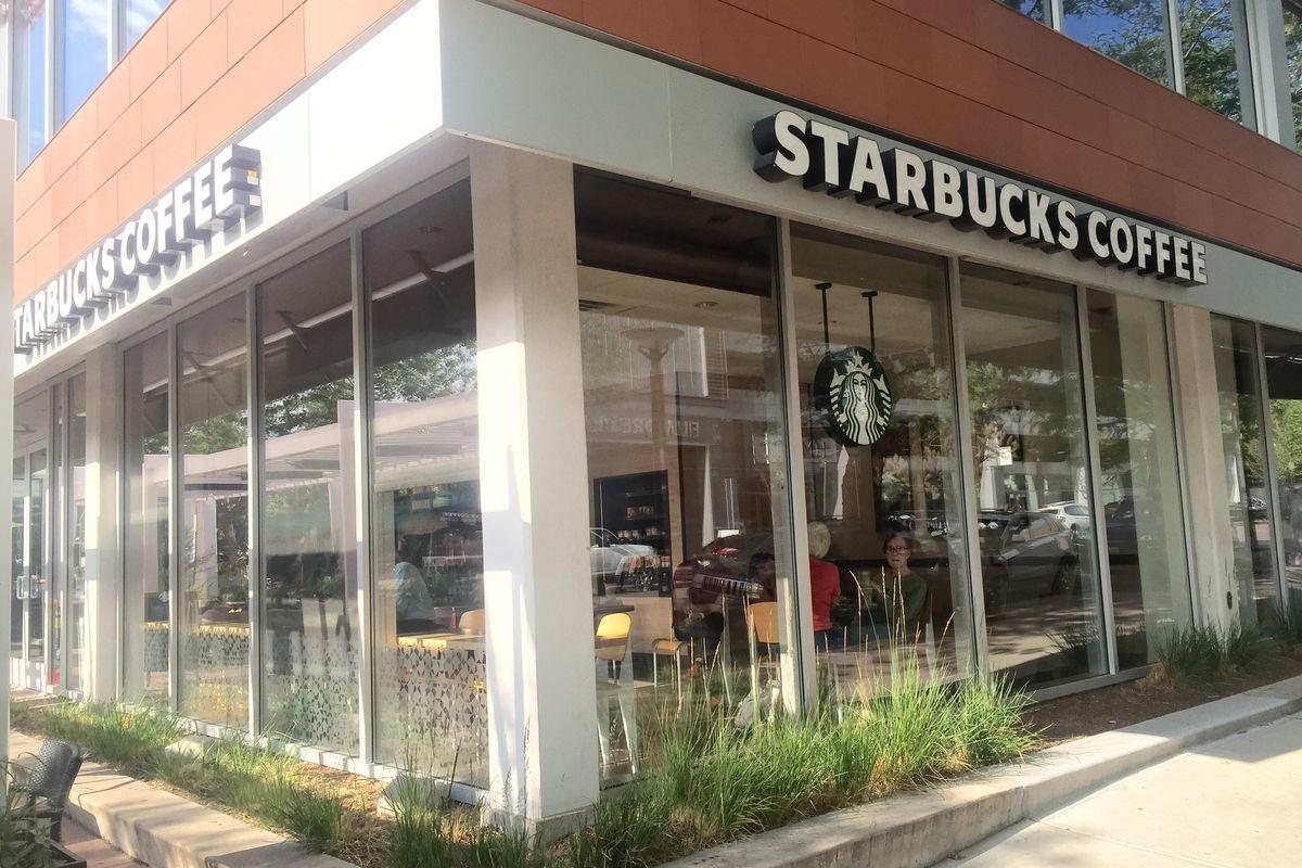 Starbucks 2nd & Fillmore
