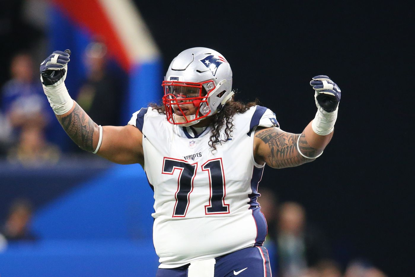Notes: DT Danny Shelton selling Lions t-shirt for COVID-19 relief ...