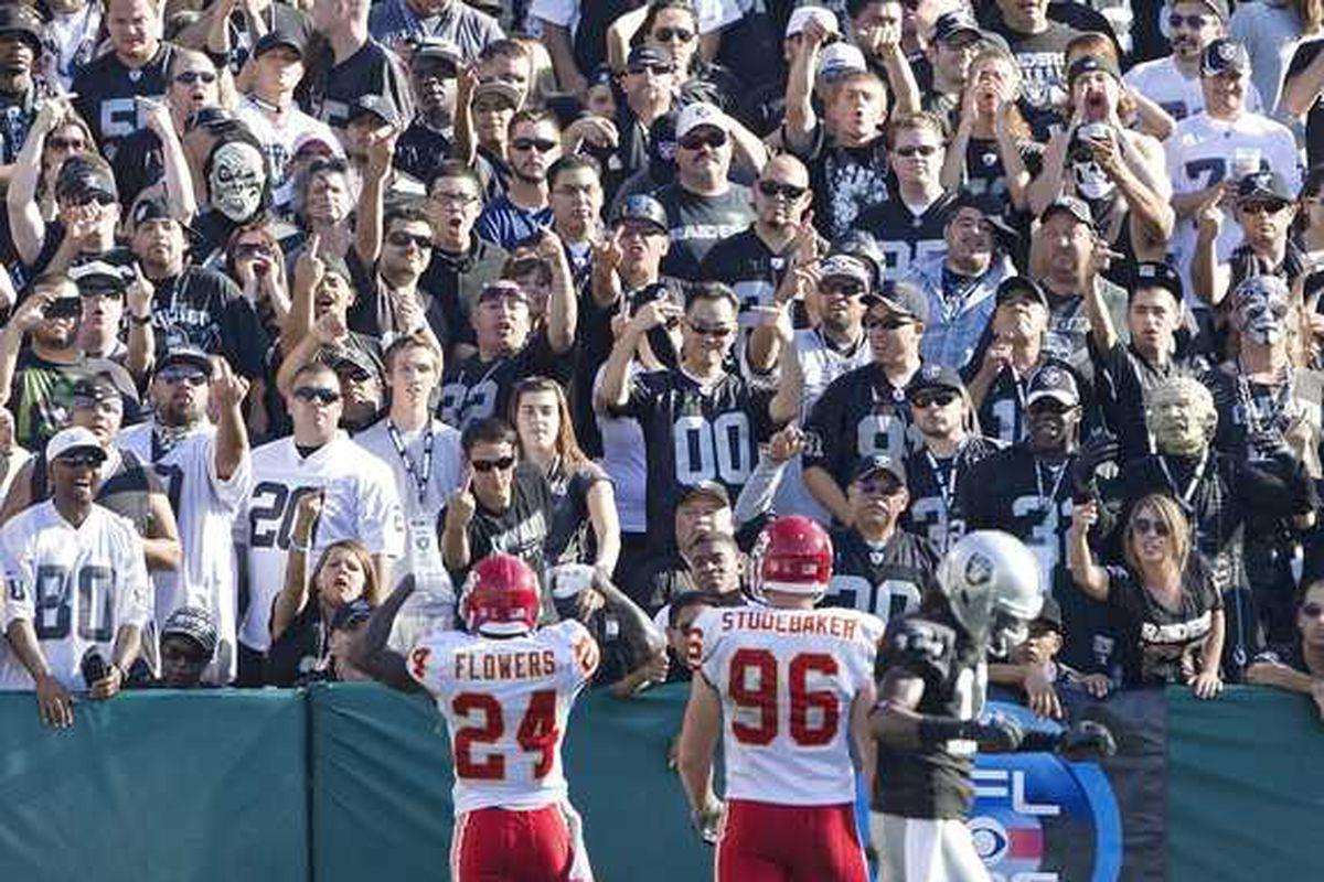 Brandon Flowers vs, Raiders   uploaded by Steve_in_RI  originally from KC Star website