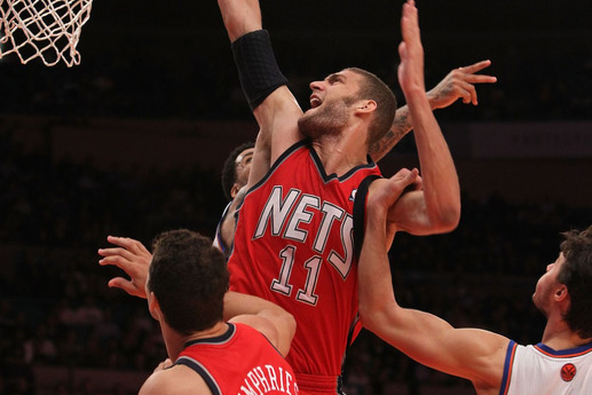 Brook Lopez scored 36 points in last night's 111-100 loss to former Stanford teammate Landry Fields and the Knicks.