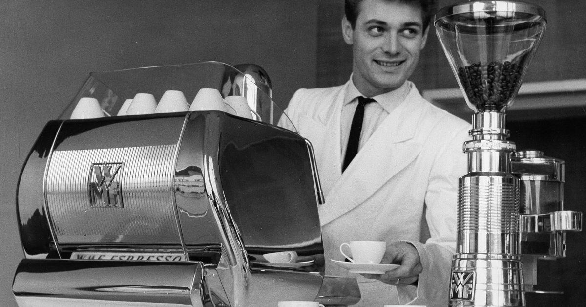 The Best Coffee Grinders, According to Baristas and Coffee Roasters