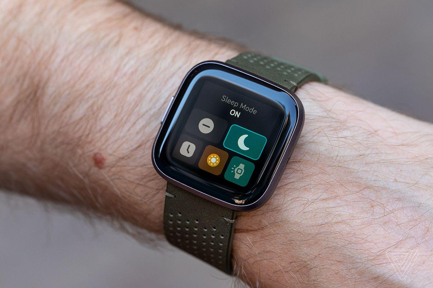 Fitbit Versa 2 review: smart fitness tracker, dumb smartwatch - The Verge