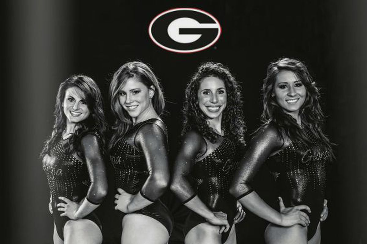 Let's hope these seniors can lead Danna's Dawgs to the Super Six!
