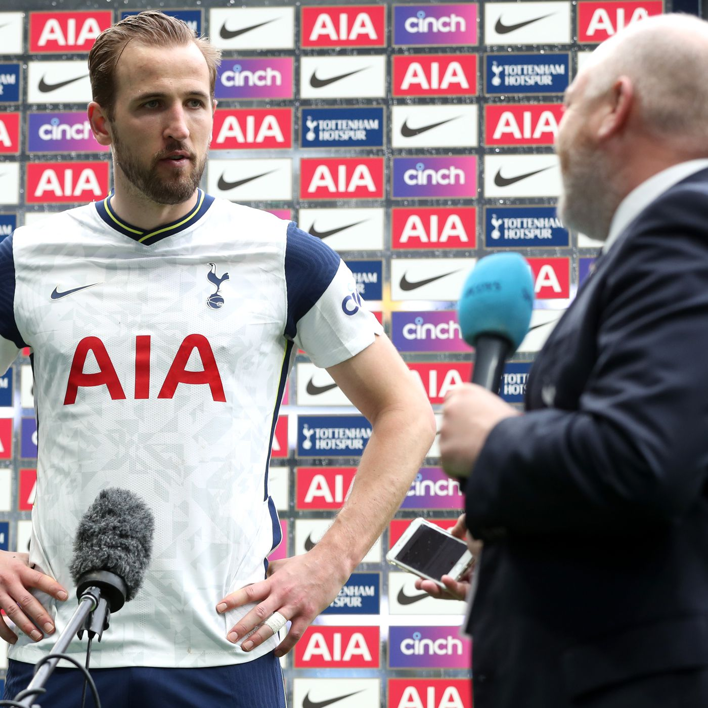 Harry Kane Either Did Or Did Not Tell Tottenham Hotspur He Wants To Leave This Summer Cartilage Free Captain
