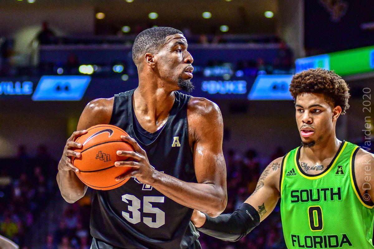UCF Knights men's basketball Collin Smith