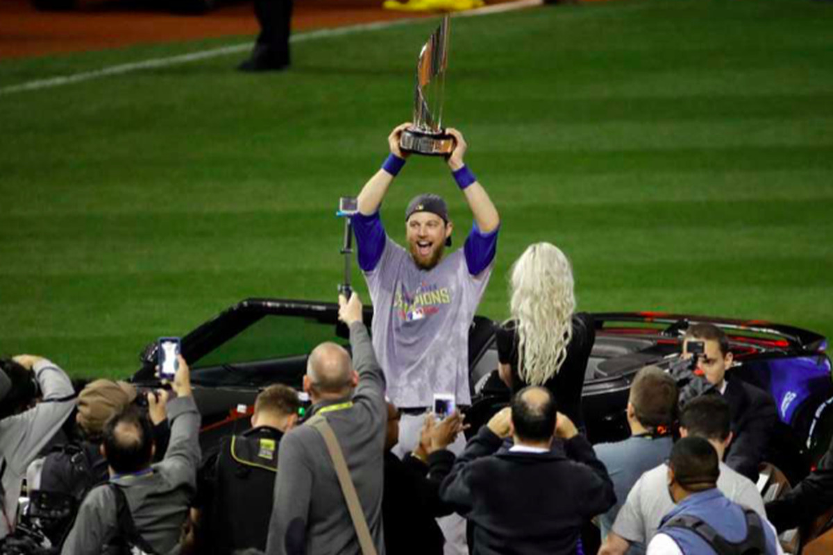 db39eb75c Mystery on wheels  Cubs  Ben Zobrist mum on whereabouts of World ...