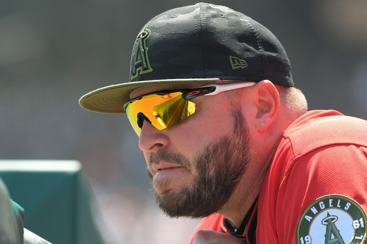 A picture of Eric Hinske when he was the hitting coach for the LA Angels.