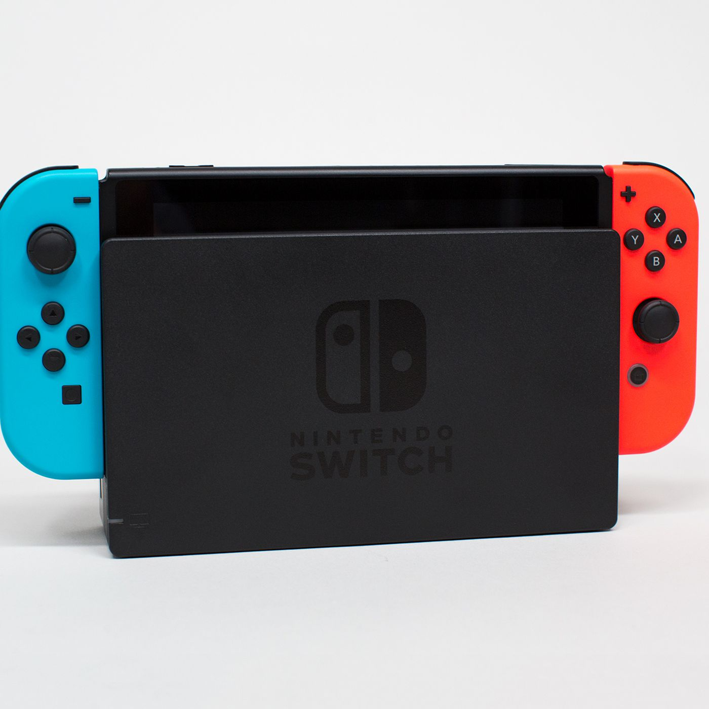 Nintendo Skeptical That Switch Docks Are Scratching Screens Polygon