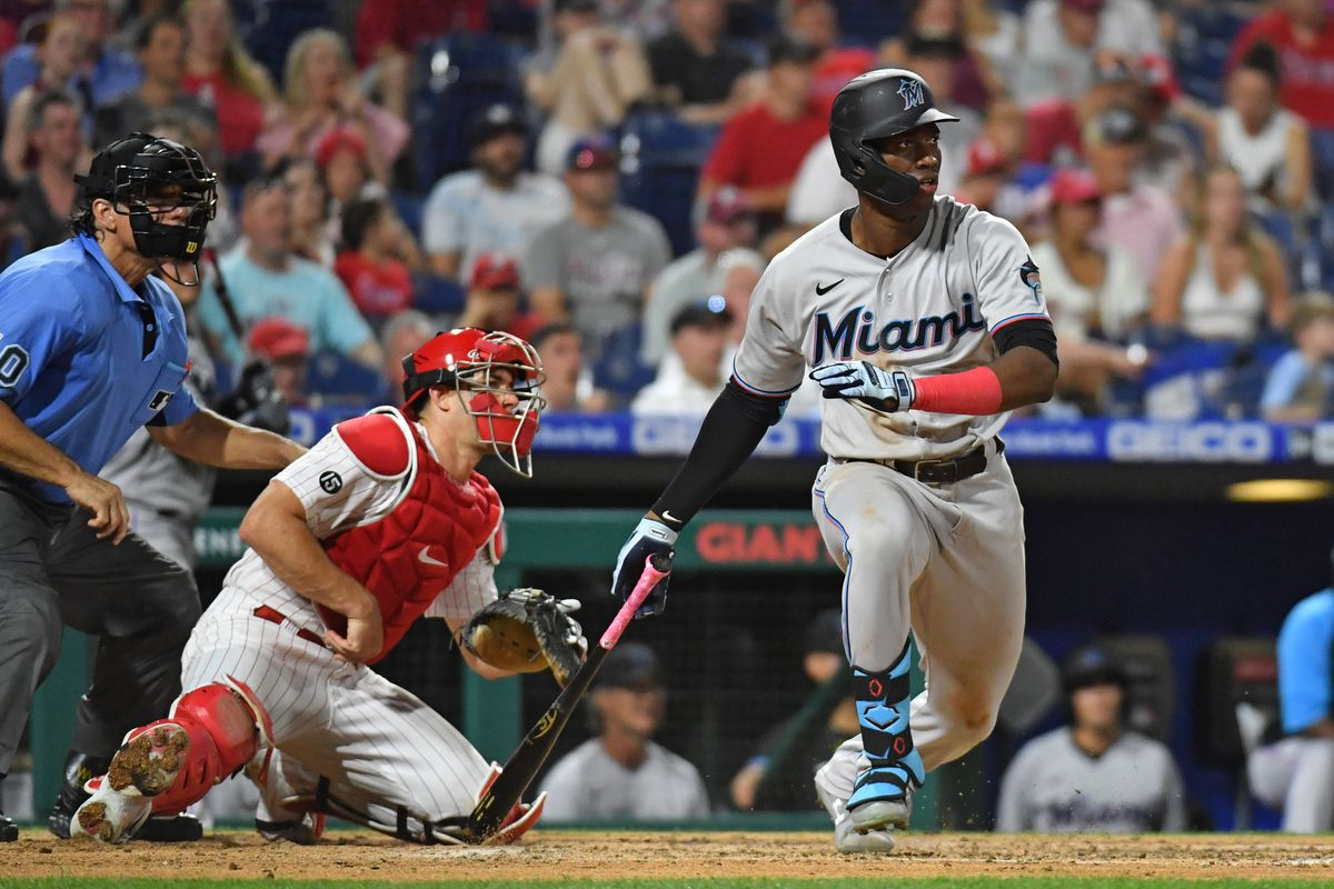 Miami Marlins right fielder Jesus Sanchez (76) hits an RBI single during the fifth inning against the Philadelphia Phillies at Citizens Bank Park.