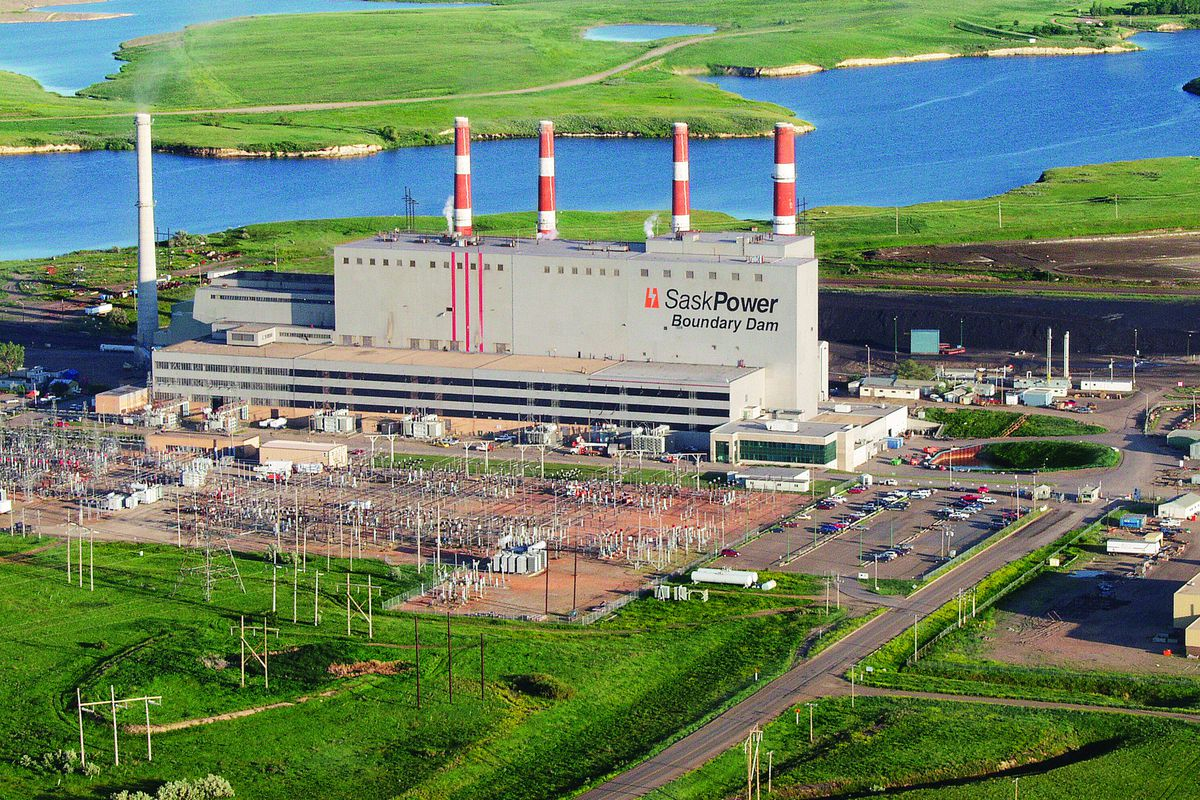 The Boundary Dam Power Station in Estevan, Saskatchewan captures its carbon emissions and buries them underground.