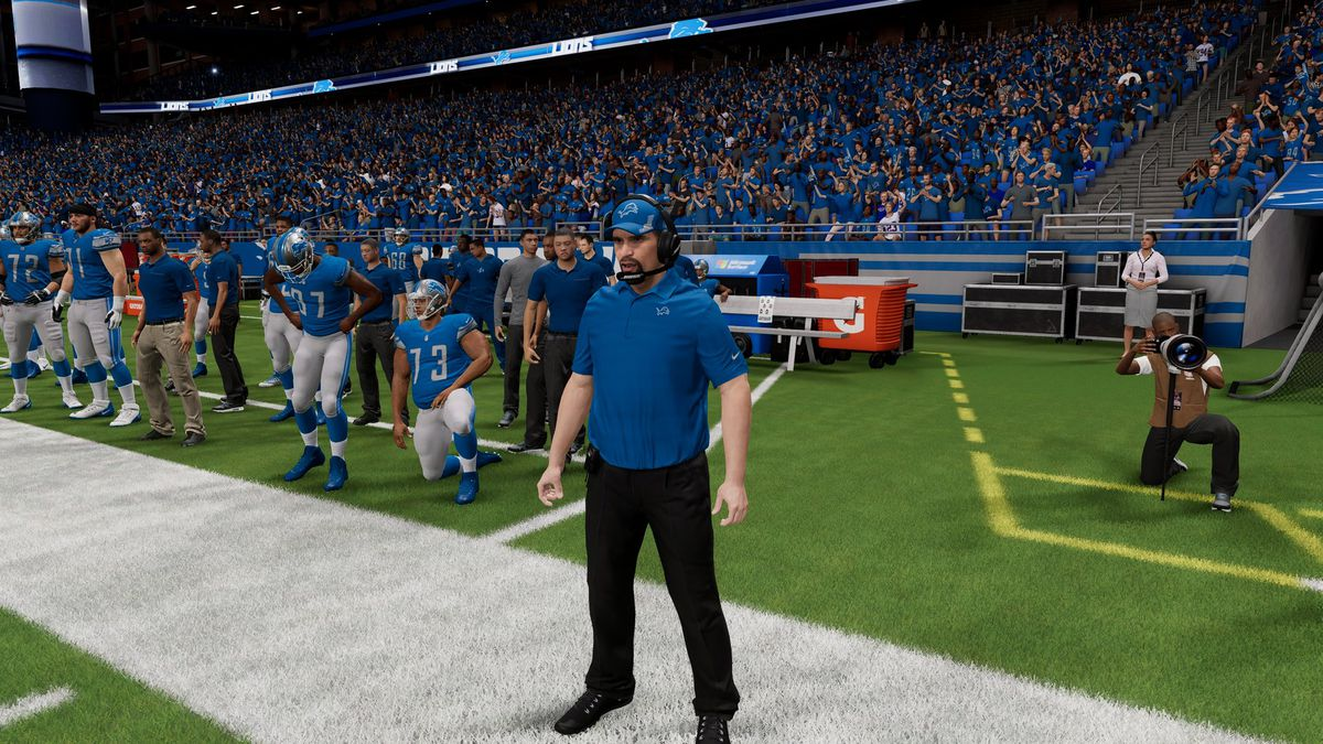"""""""Dan Campbell"""" on the sidelines in EA's Madden NFL 22 early access"""
