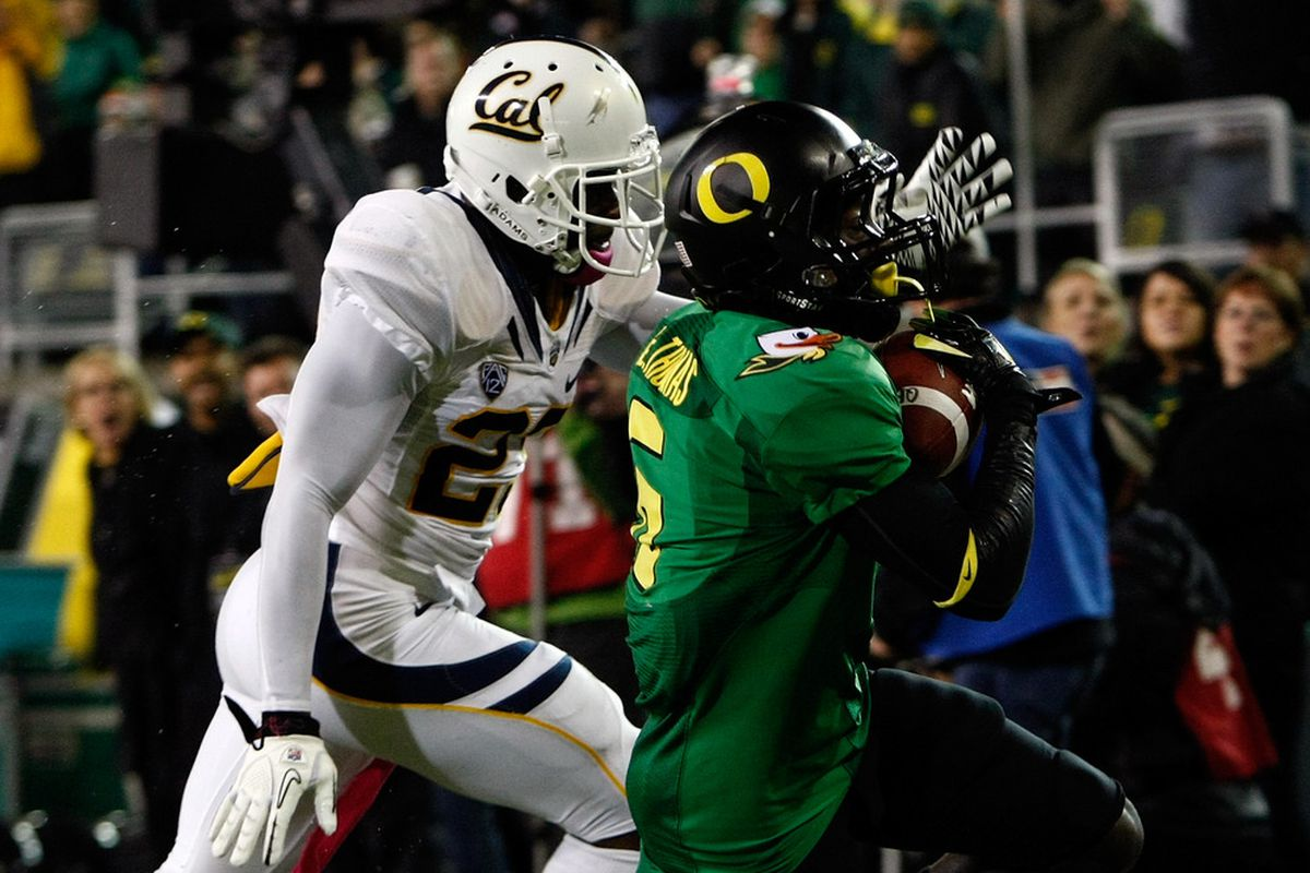 """This 23-yard touchdown reception by De'Anthony Thomas (aka """"The Black Mamba"""") began Oregon's second-half onslaught."""