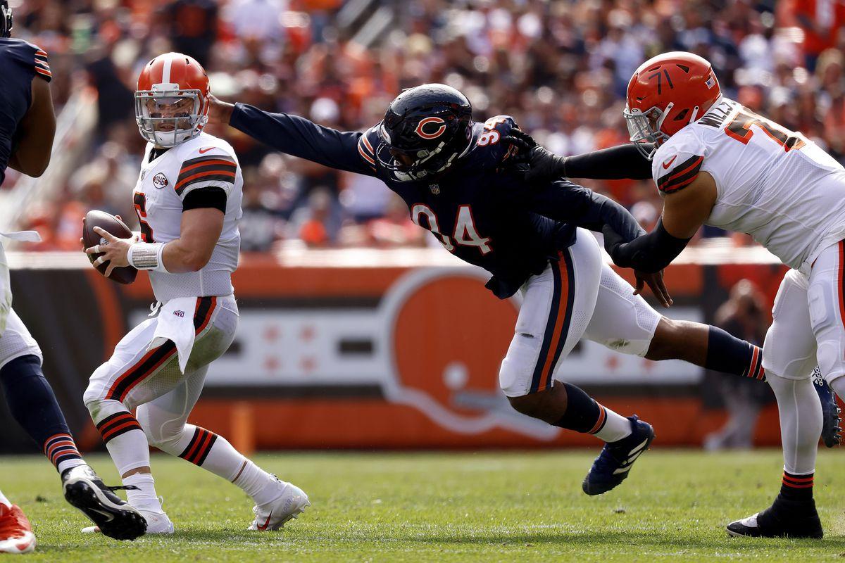 Bears outside linebacker Robert Quinn (94) has 4.5 sacks in four game this season. Teammate Khalil Mack has four.