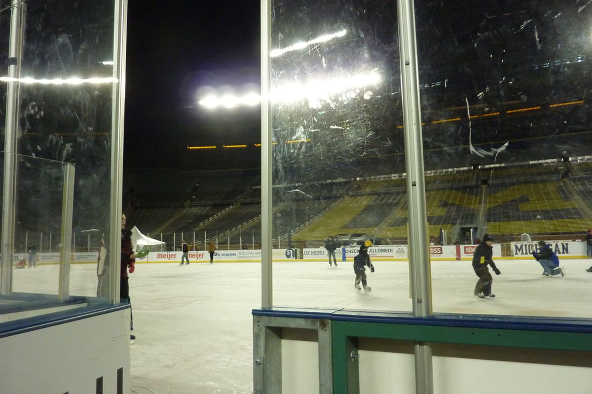 """People taking part in a skate at the rink set up for the The Big Chill at the Big House. Jealous? I know I am. Photo courtesy of Kris from <a href=""""http://snipedangle.blogspot.com/"""" target=""""new"""">Snipe Snipe, Dangle Dangle.</a> Thanks, Kris!"""