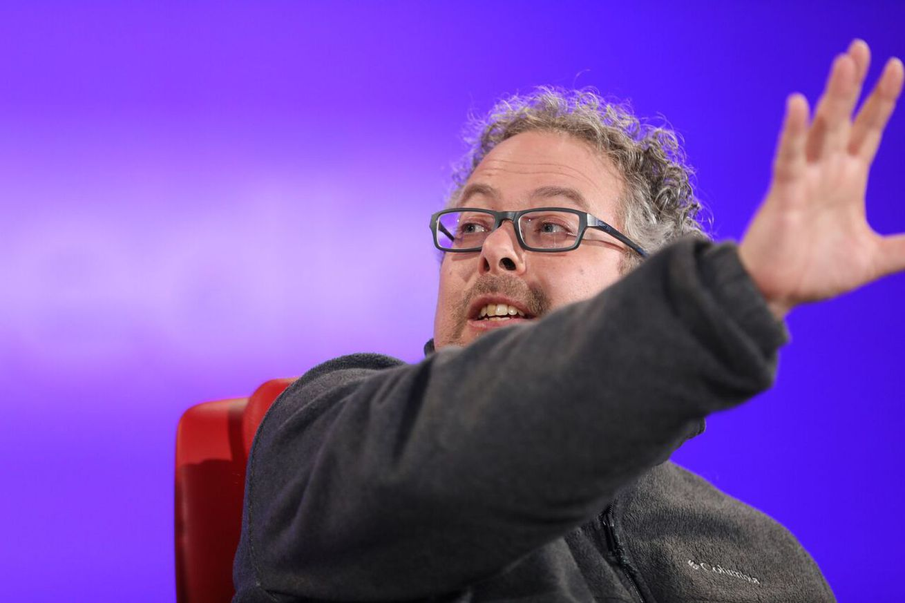 magic leap promises live streamed holograms within five years