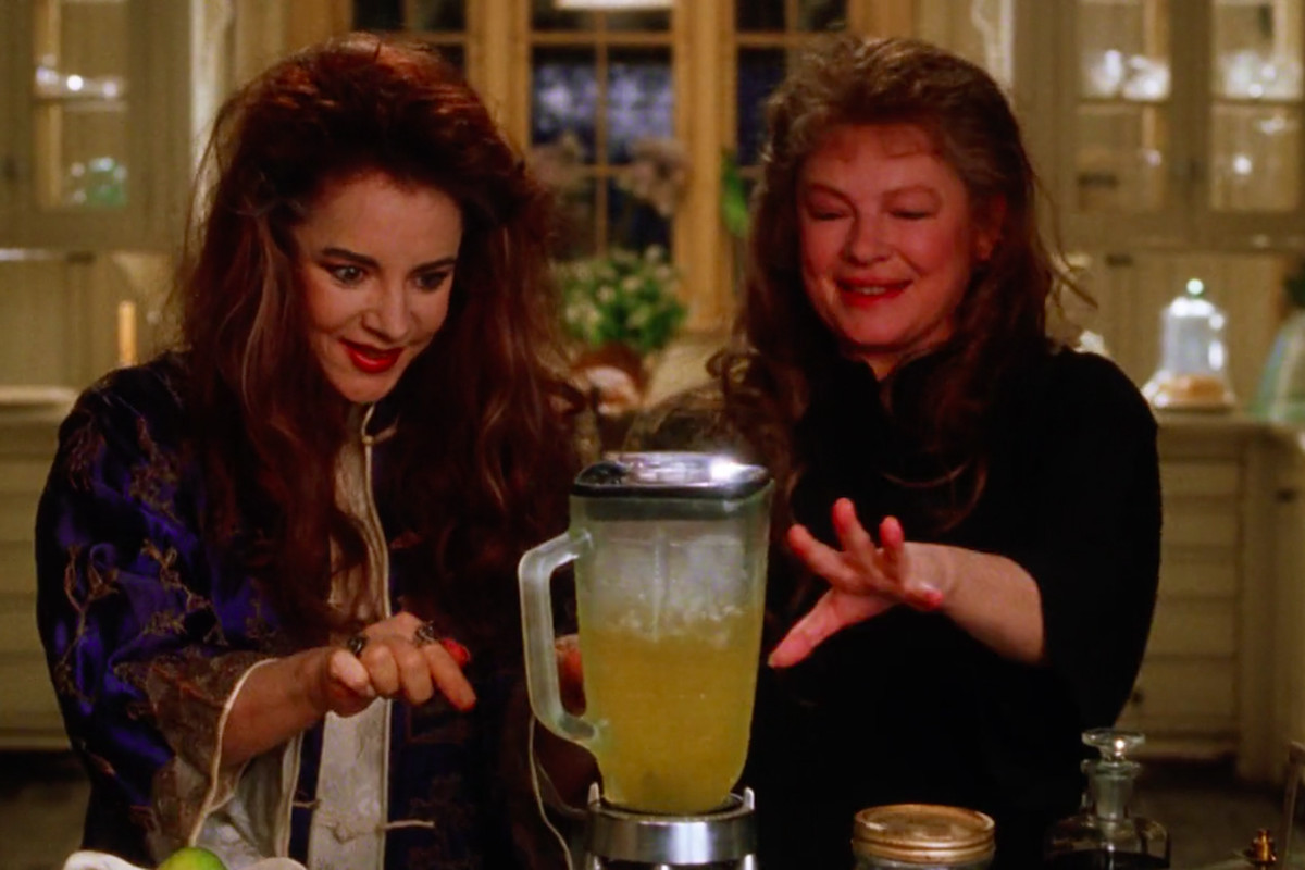 Stockard Channing and Dianne Weist as the Owens aunts Frances and Jet use their powers to blend a batch of margaritas in Practical Magic as the tequila sits off to the side.