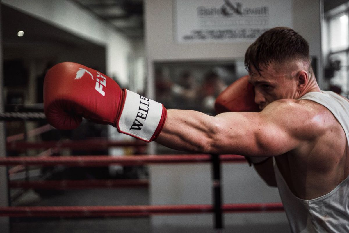 youtubers fifa gamers set for momentous boxing match to settle